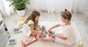 Mẹo mua đồ chơi cho bé bằng nhựa mẹ cần biết