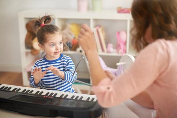 Âm nhạc giúp con tăng cường trí nhớ